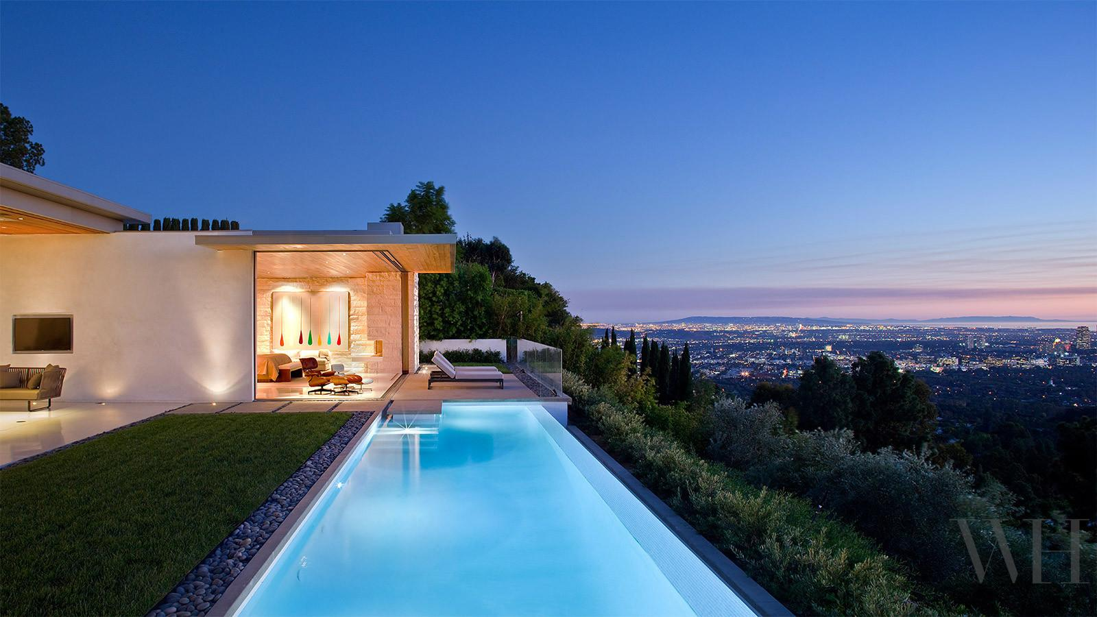 Beautiful Trousdale Residence Hills Los