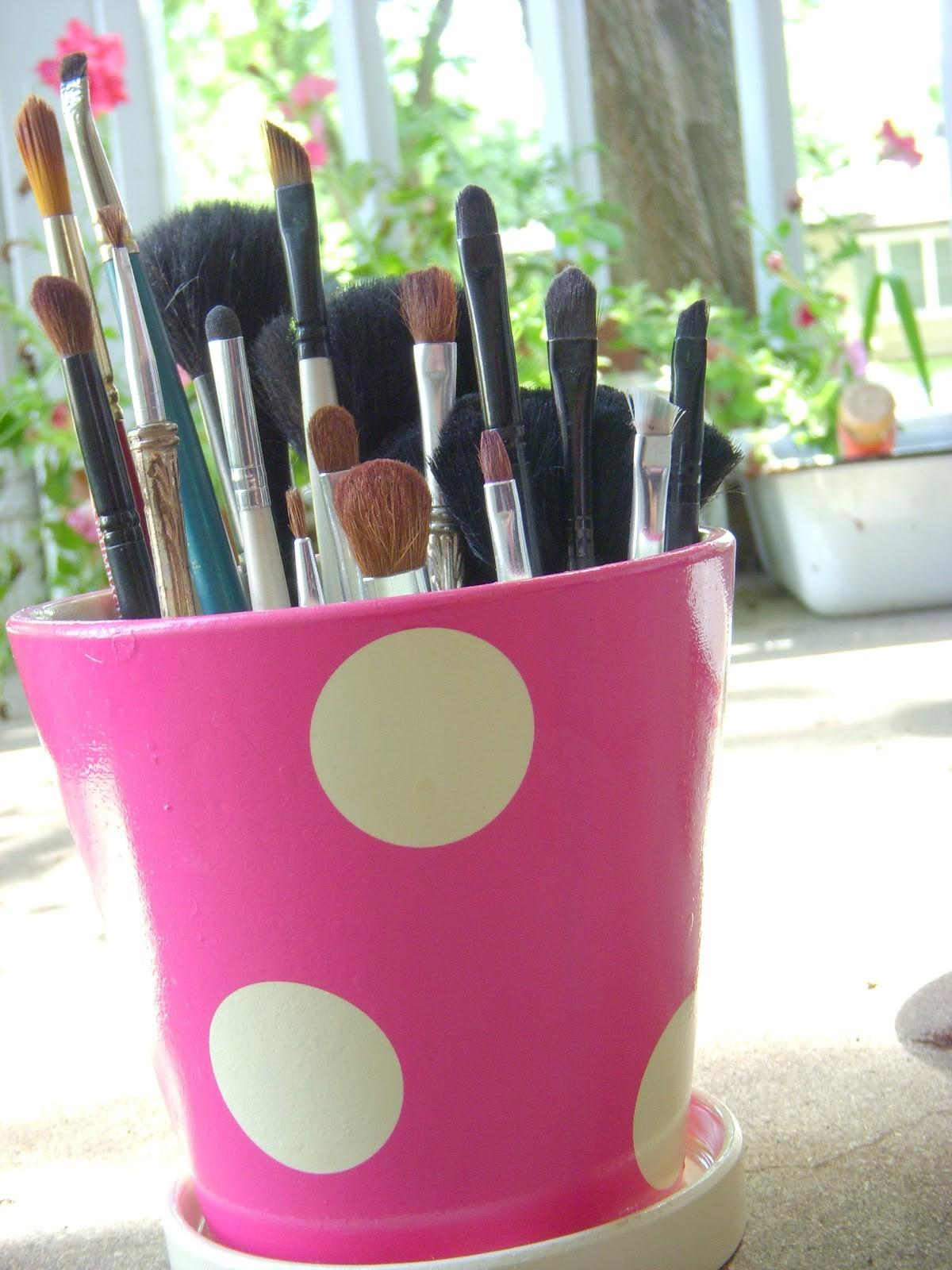 Beauty Undefined Diy Makeup Brush Holder
