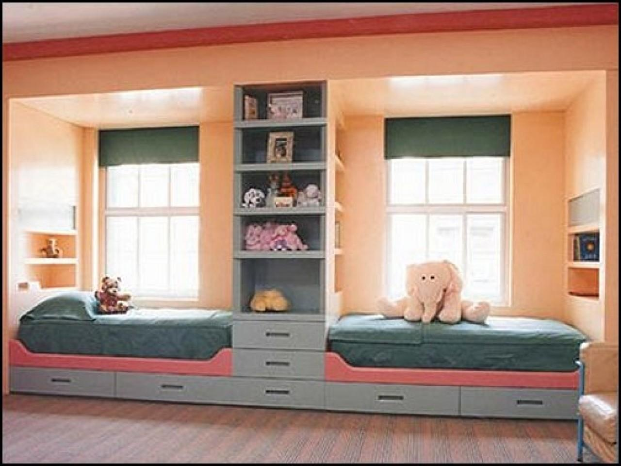 Bed Solutions Small Rooms Shared Bedroom Decorating