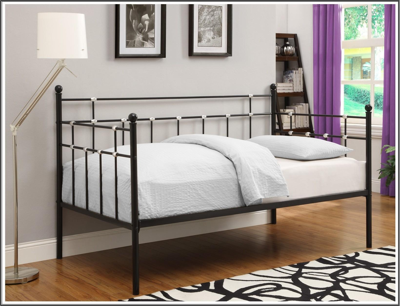 Bedroom Chic Design Pop Trundle Bed Frame