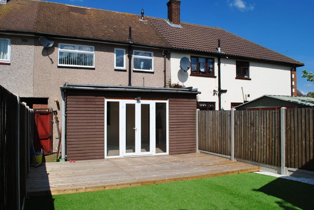Bedroom Terraced House Sale Erriff Drive South