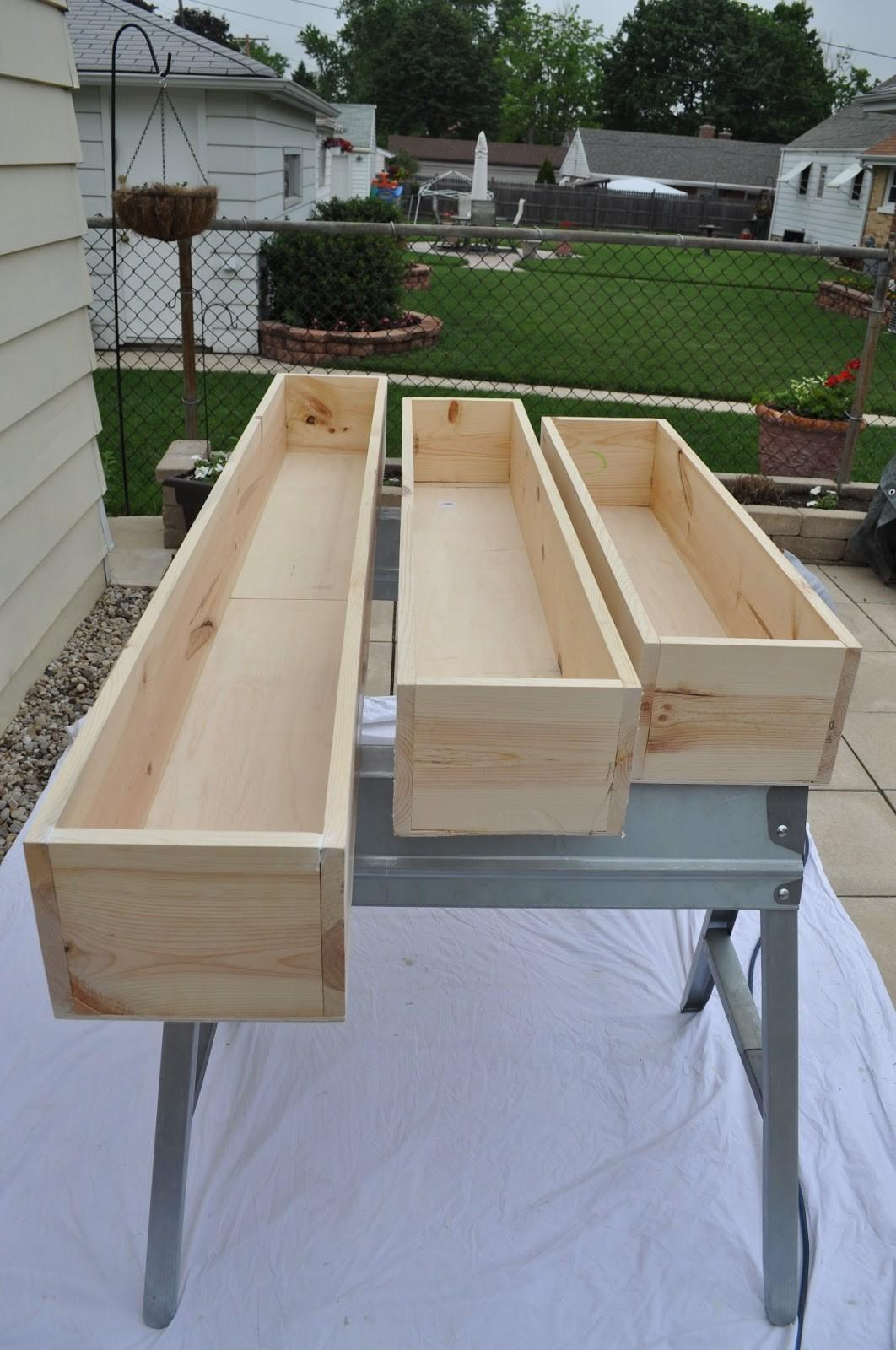 Billy Easy Wood Window Box Planter Plans