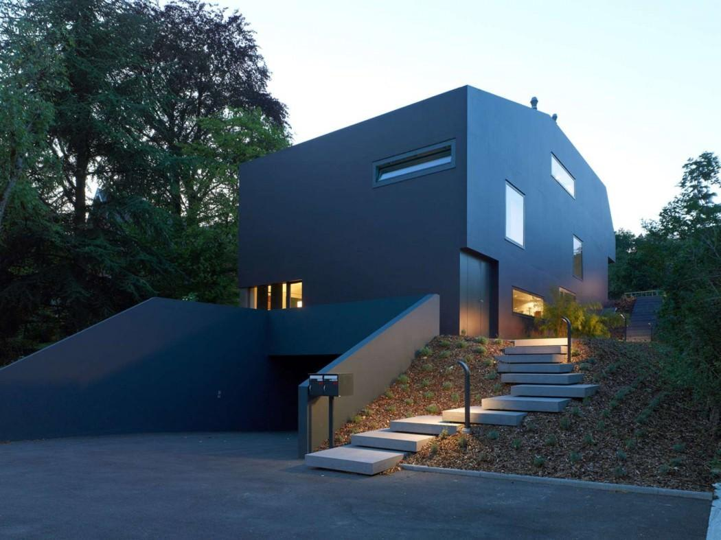 Black Modern Refuge Surrounded Vine Fields Schuler