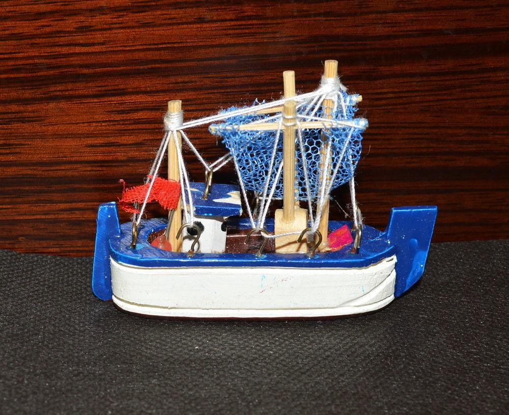Blue Fishing Boat Wooden Trawlboat Model Nautical