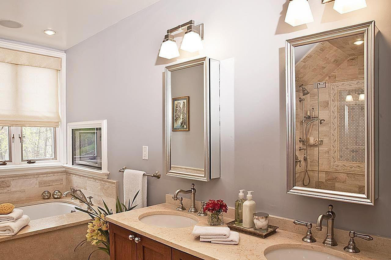 Bold Bathroom Lighting Ideas