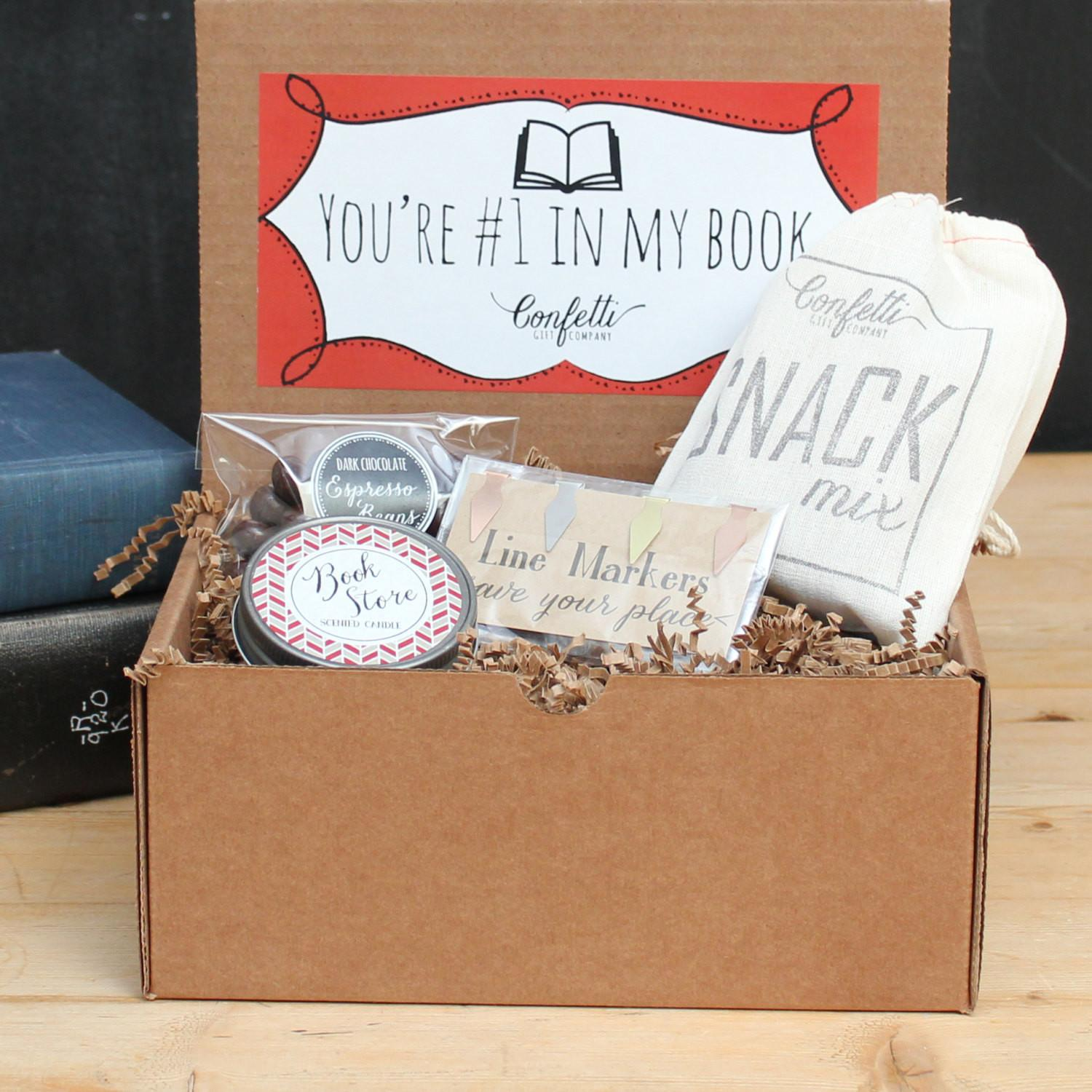 Book Lovers Gift Box