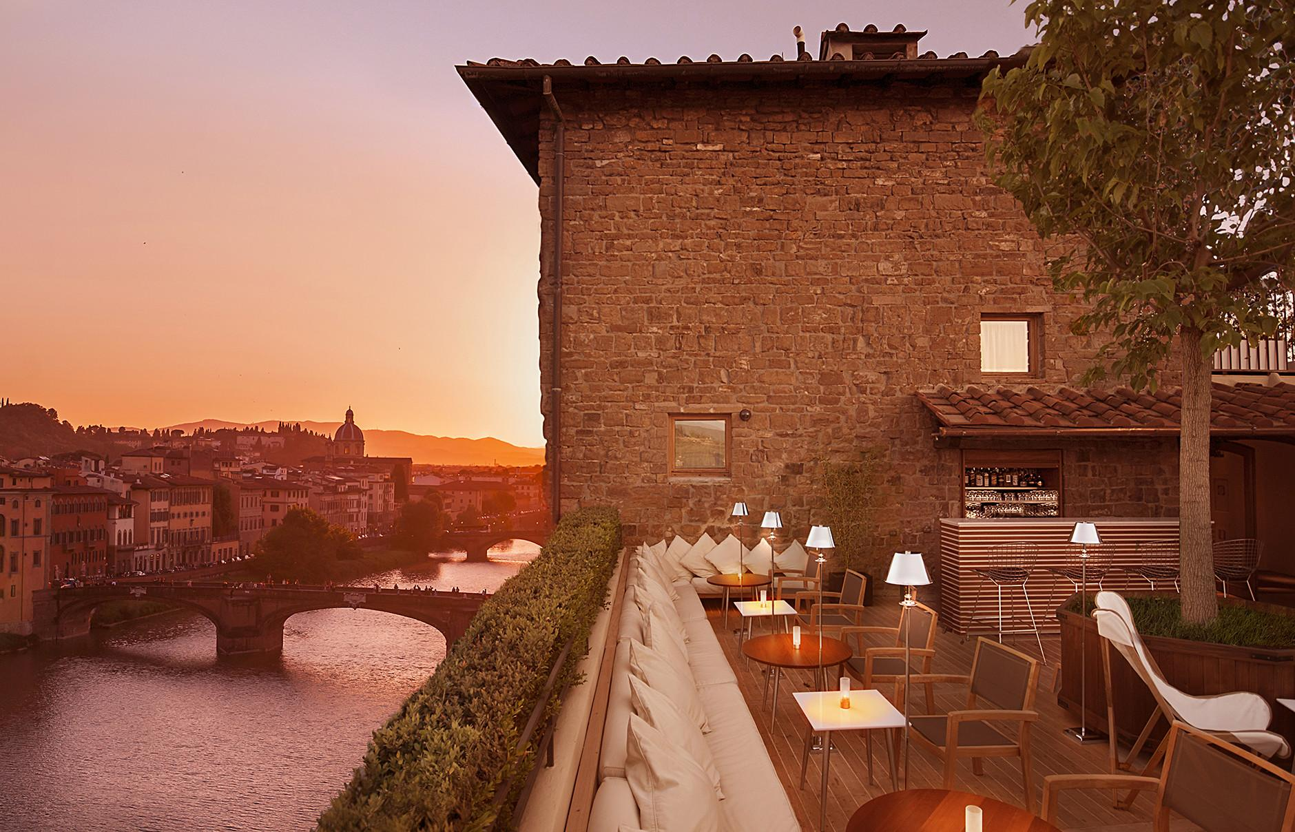 Boutique Hotel Continentale Florence Unveils Roof