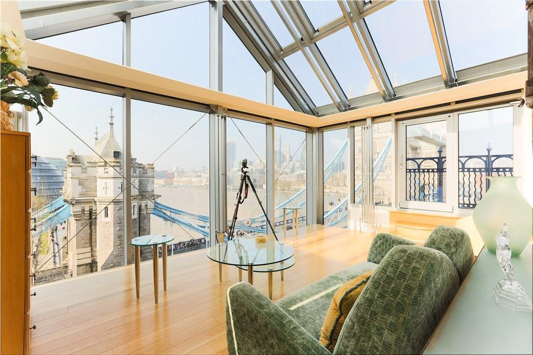 Brewhouse Converted Penthouse London Market
