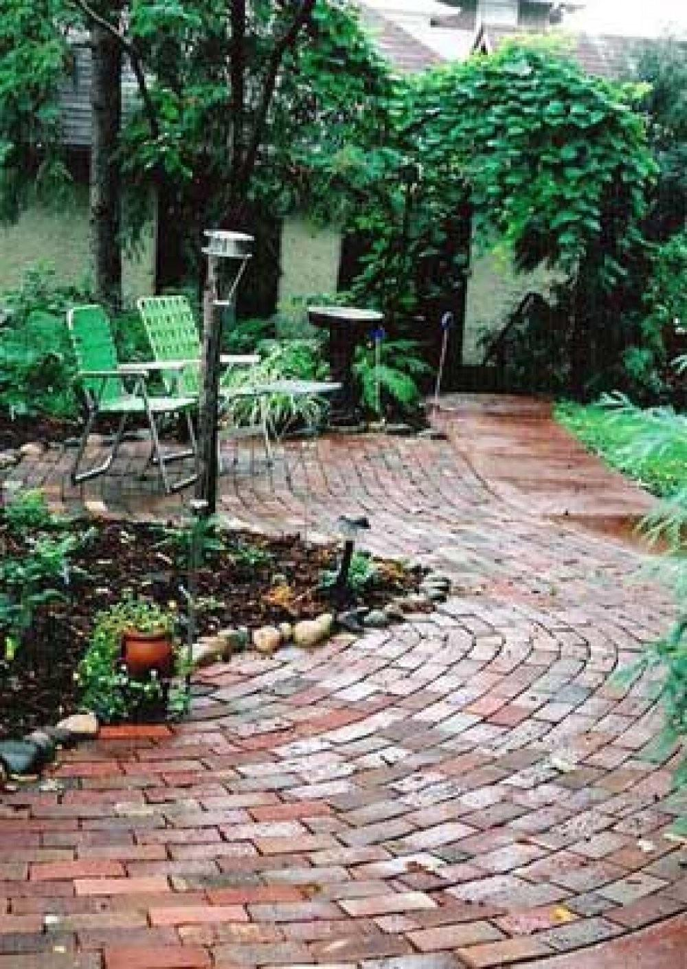 Brick Patios Here Patio Design