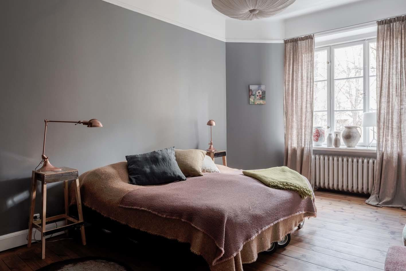 Bright Airy Plant Filled Apartment Stermalm Sweden