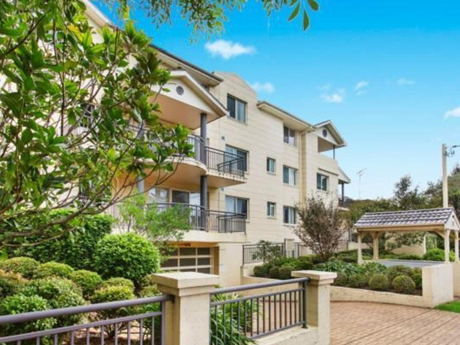 Brochure Sherbrook Road Hornsby Nsw