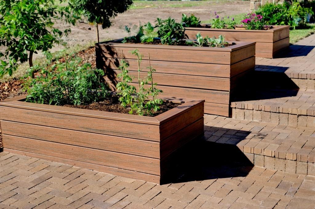 Brown Color Modular Model Planter Design Plus Big