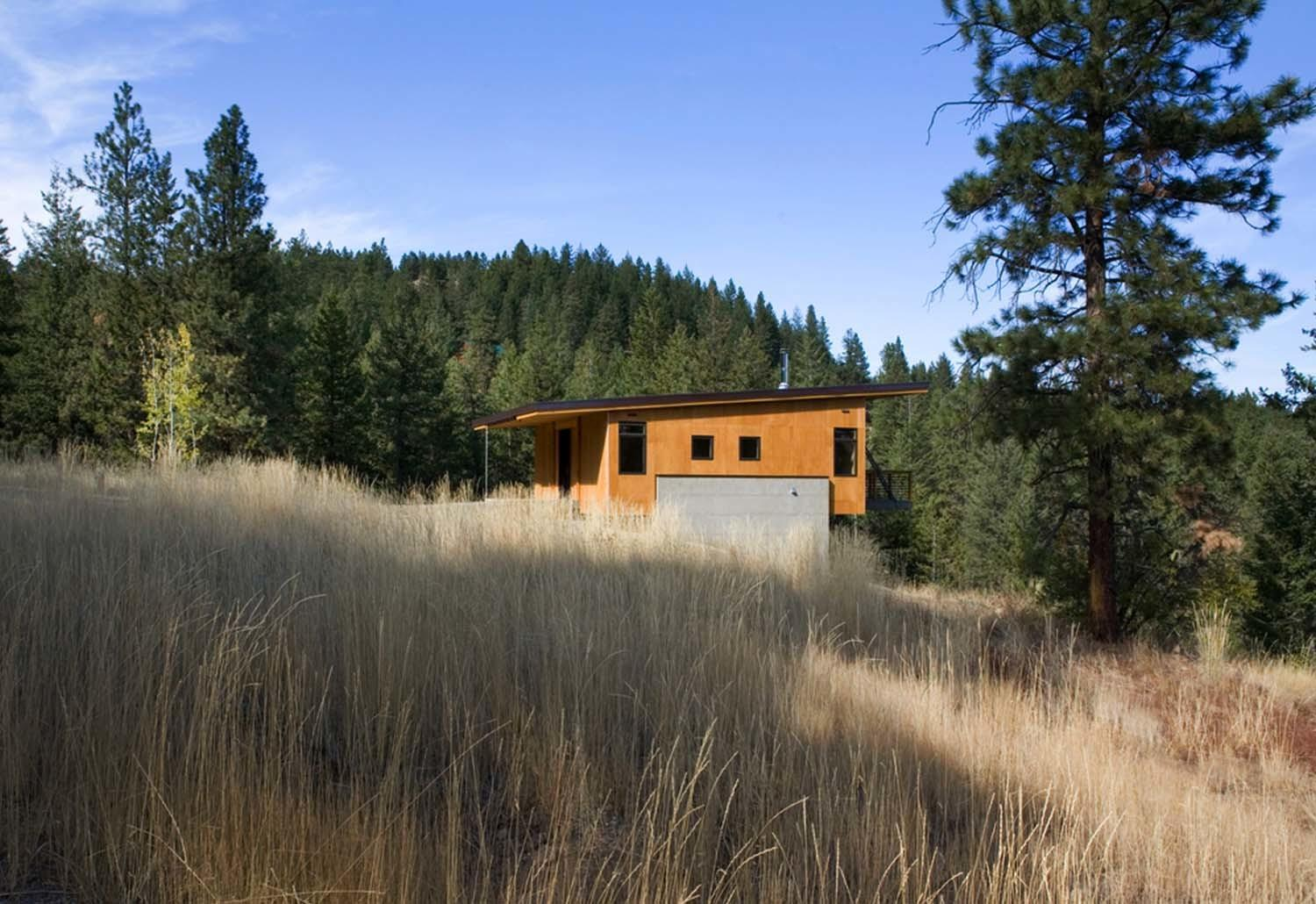 Budget Friendly Cabin Surrounded Forest Methow Valley