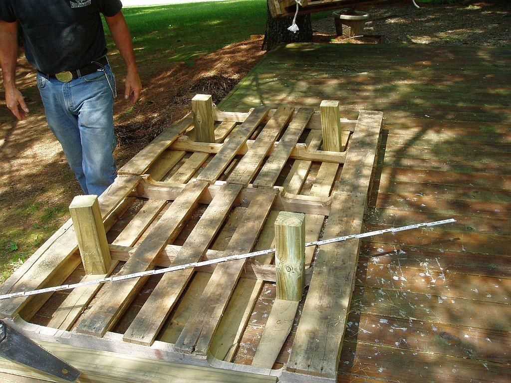 Build Pallet Daybed Total Survival