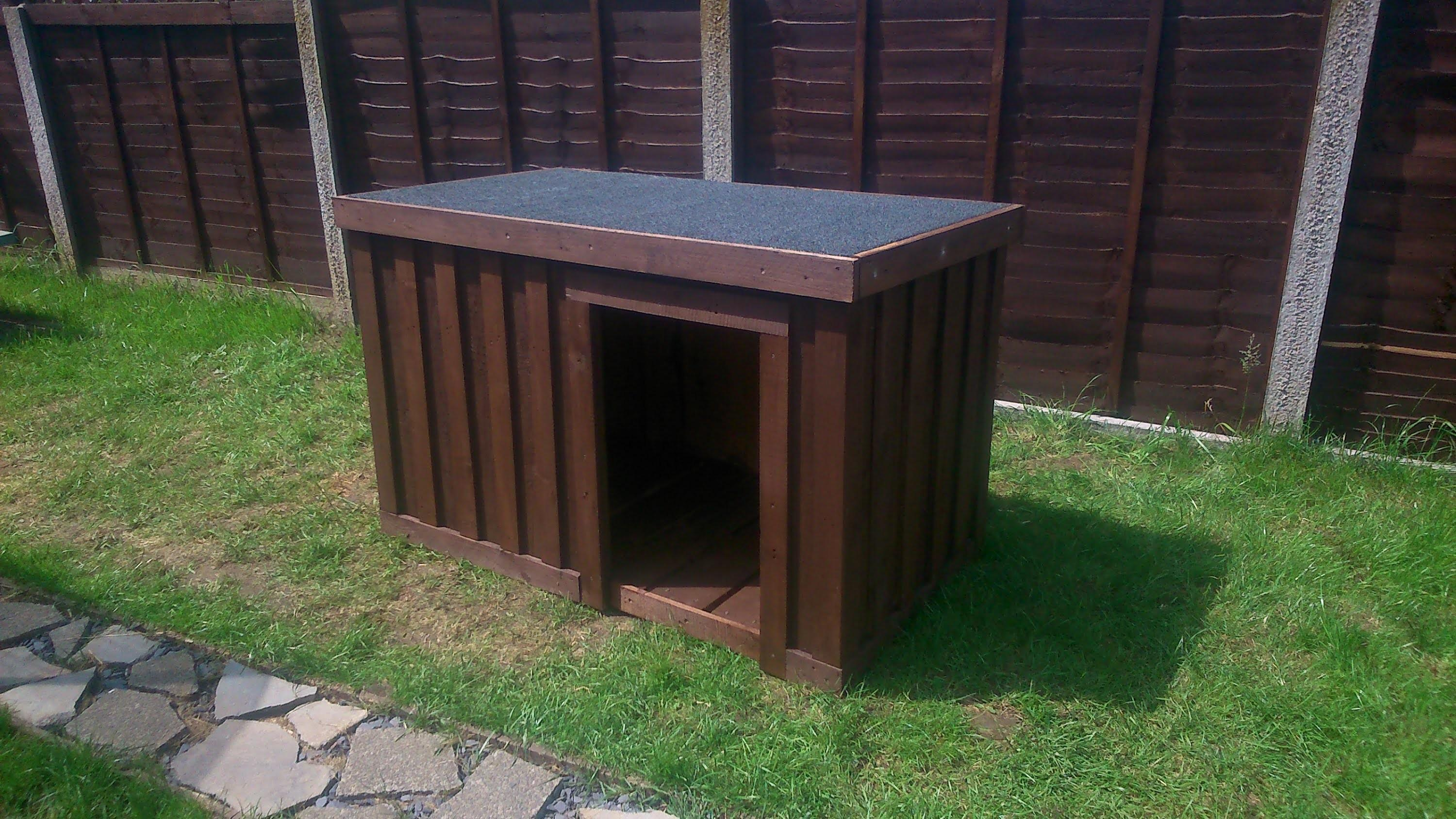 Build Your Own Dog Kennel Out Pallets