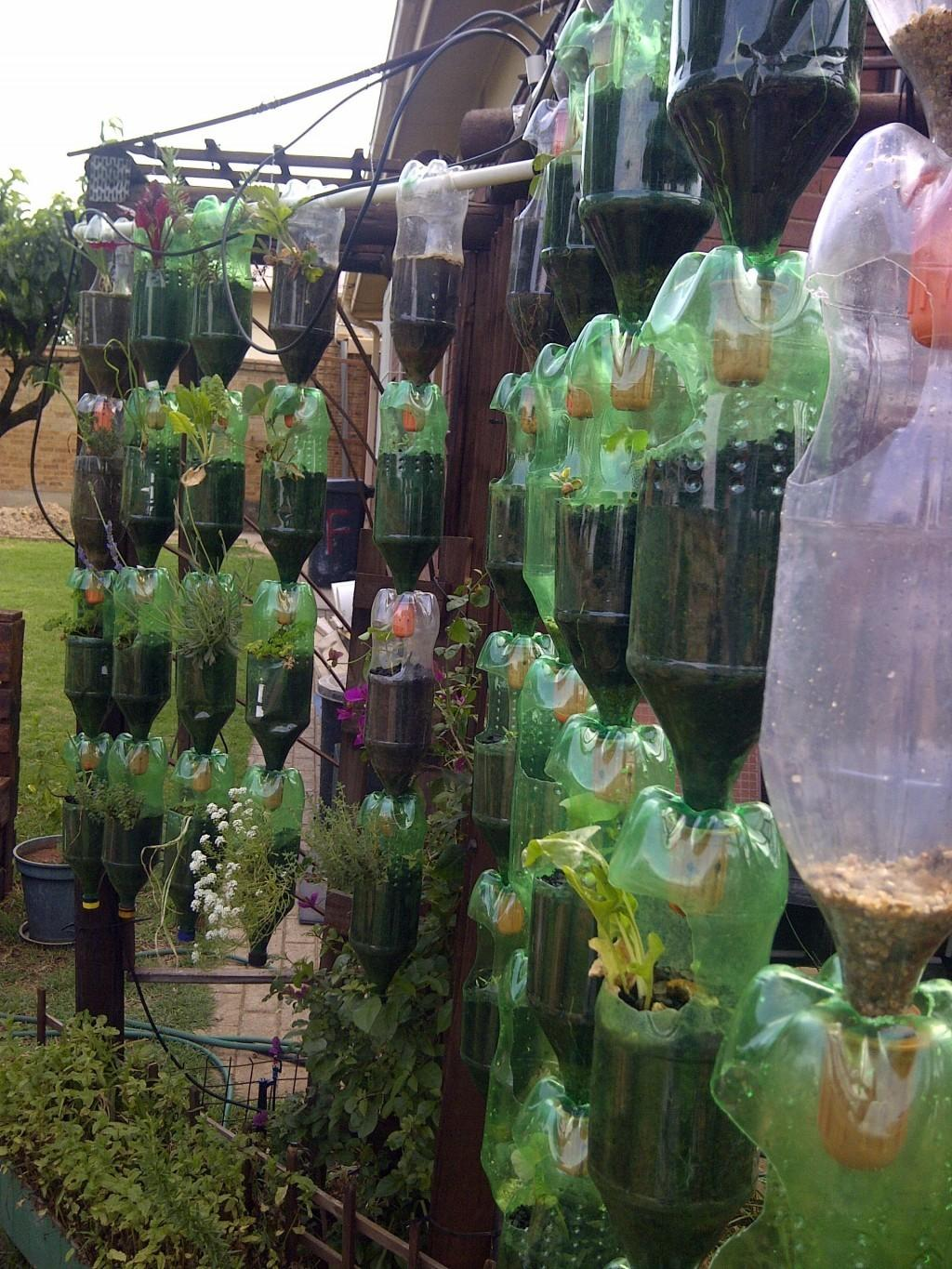 Build Your Own Hanging Garden Recycled Plastic Bottles