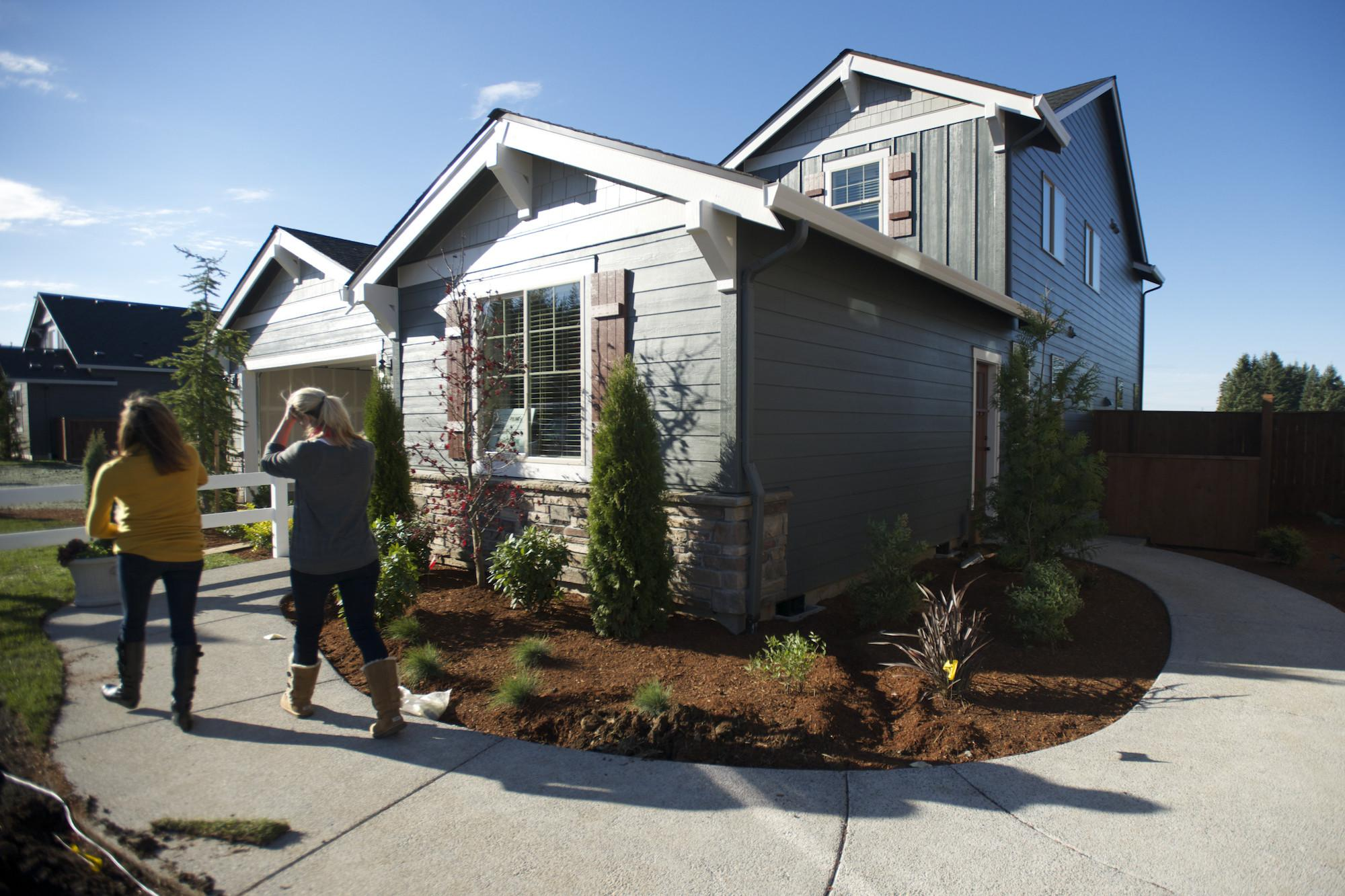 Builder Offers Home Within Columbian