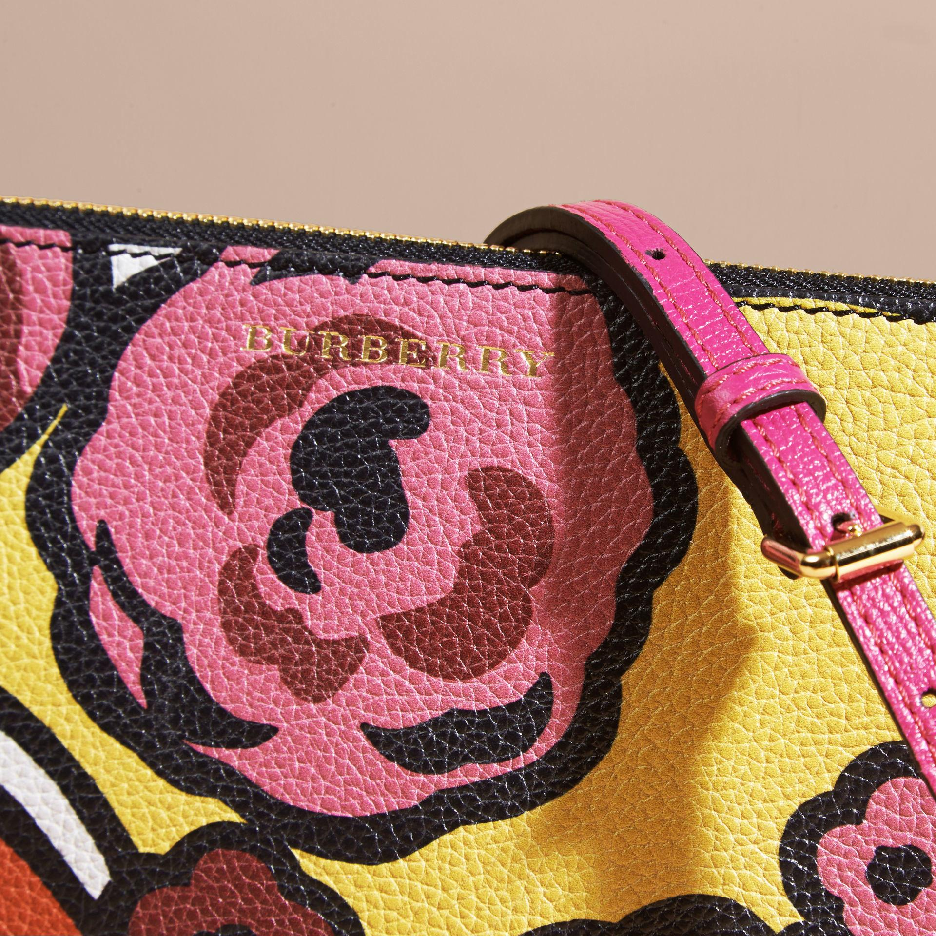 Burberry Floral Print Leather Clutch Bag Lyst
