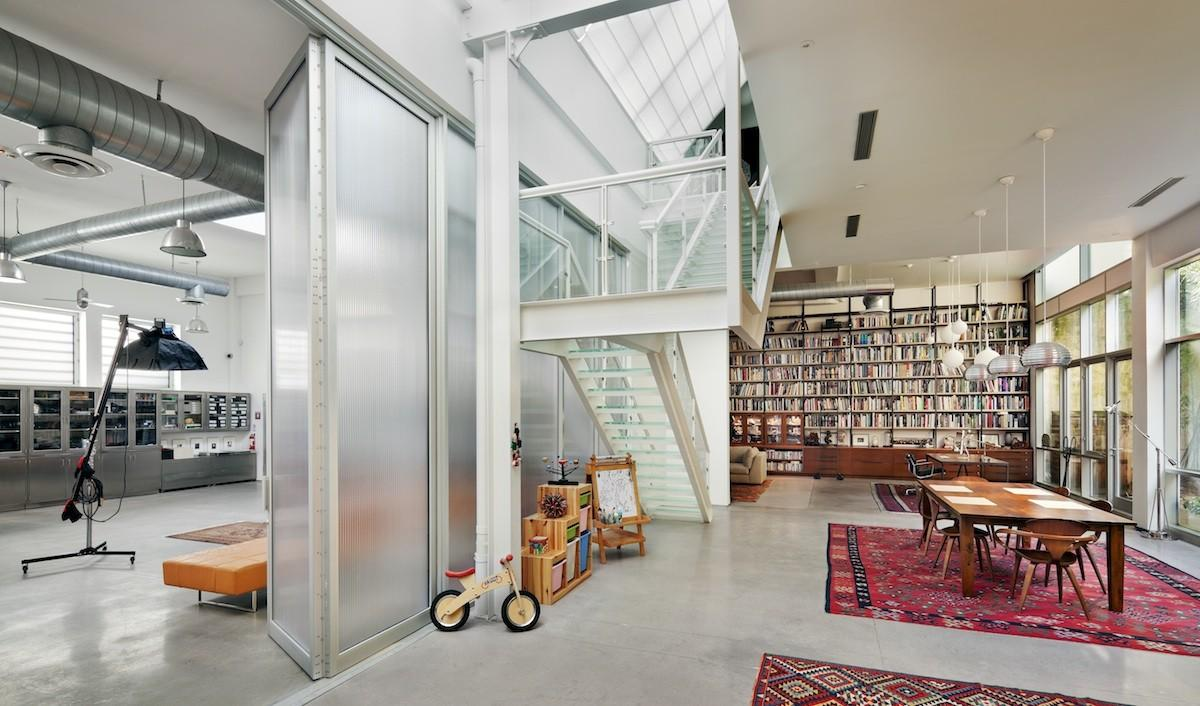 Bwarchitects Artist Loft Juxtaposes Gritty Brooklyn