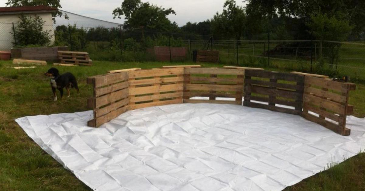 Can Transform Wooden Pallets Into Diy Swimming