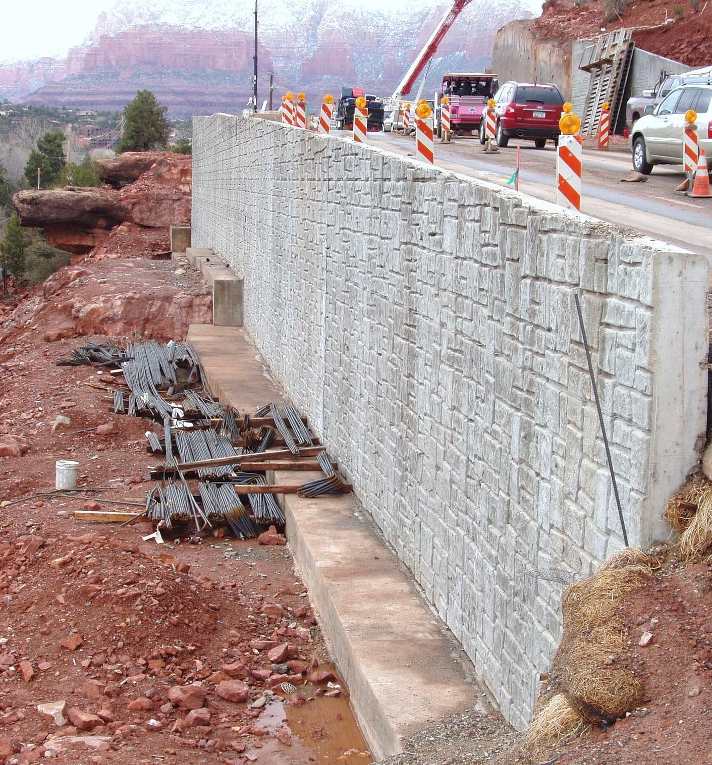 Cantilever Restrained Retaining Wall Design Software
