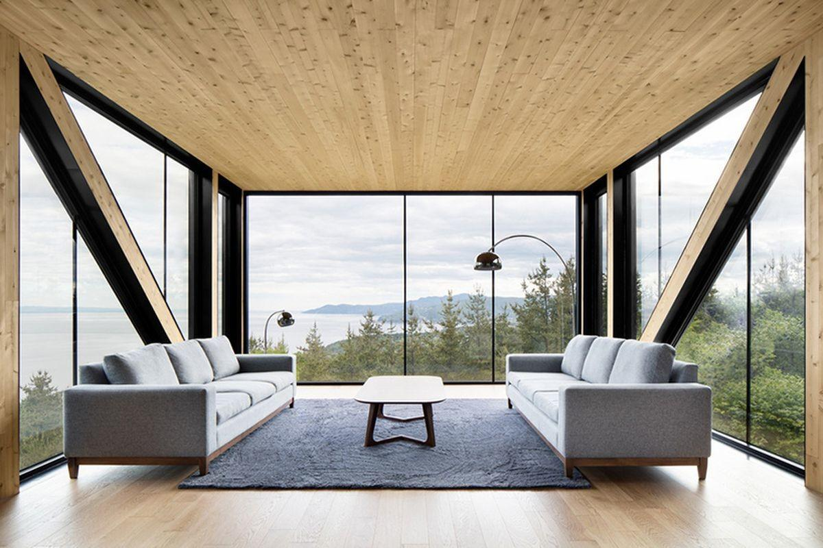 Cantilevered Living Room Captures Dramatic Views Modern