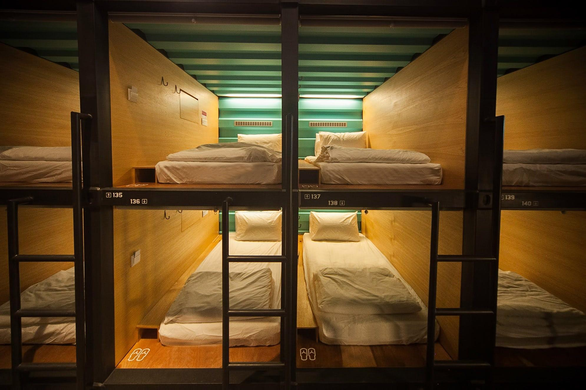 Capsule Container Hotel Tzu Peng Low Archinect