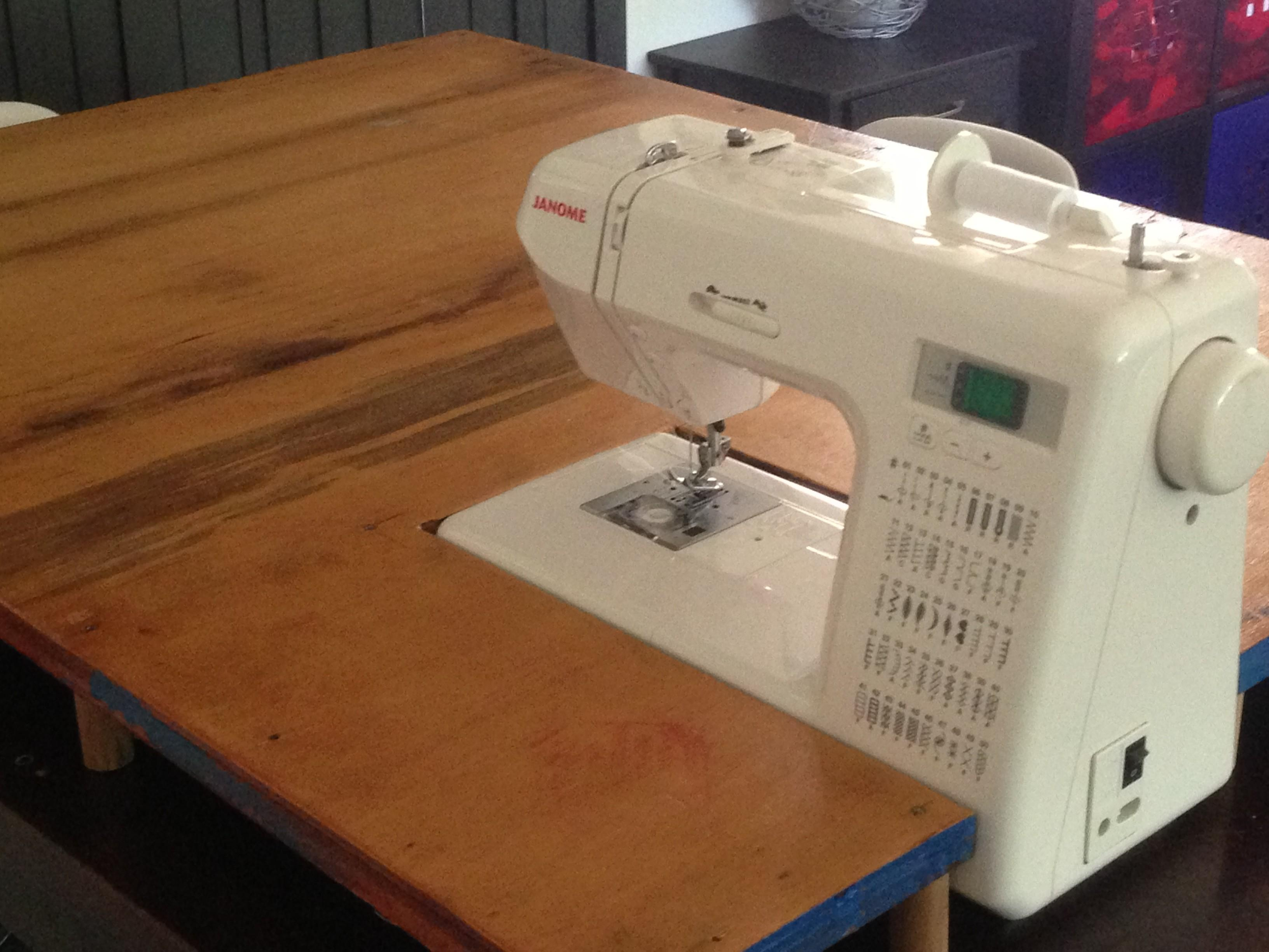 Carv Chapter Woodworking Plans Sewing Machine Table