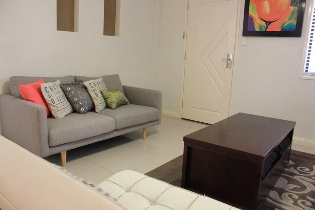 Centro Indooroopilly Townhouse Townhouses Rent