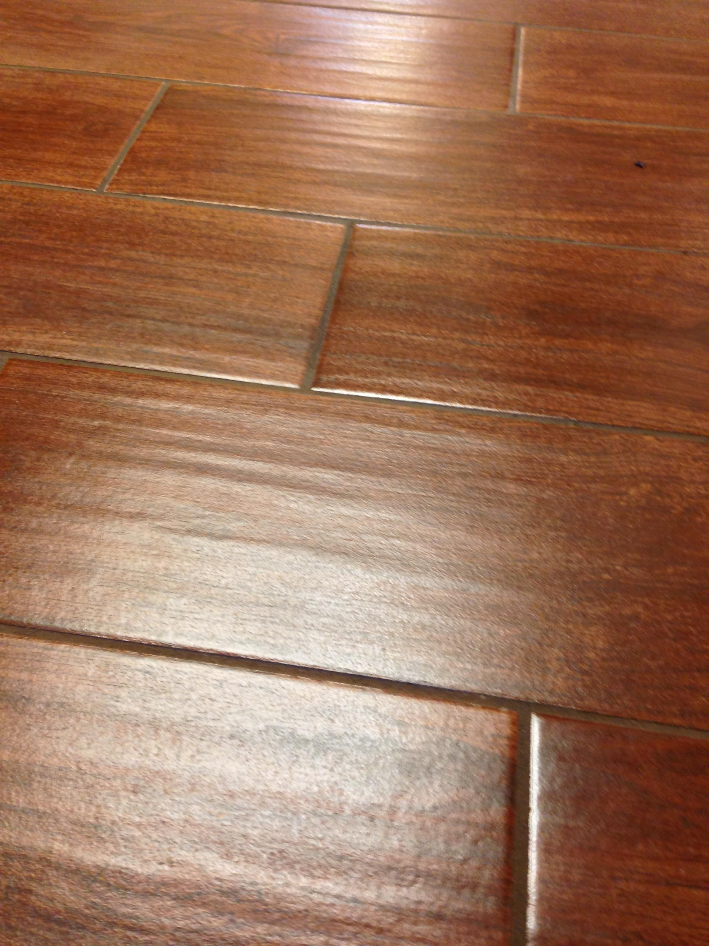 Ceramic Tile Looks Like Wood Amazing