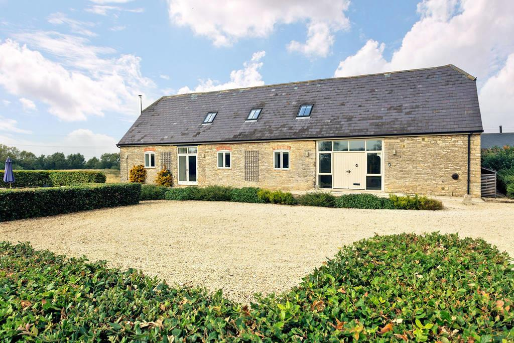 Charming Cotswold Barn Beautiful Spot Houses