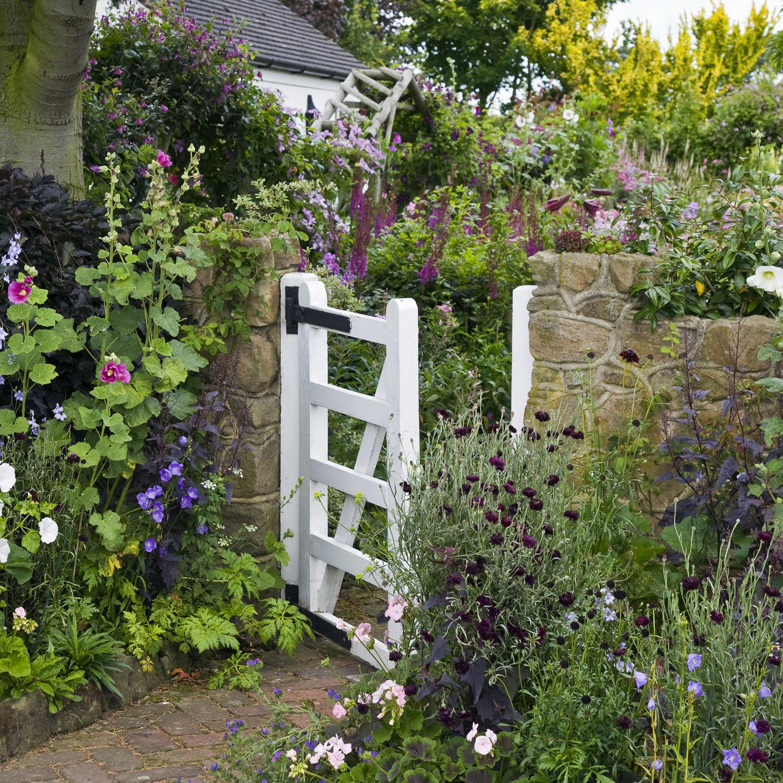 Captivating Design A Charming Girlish Garden That Will Change Your