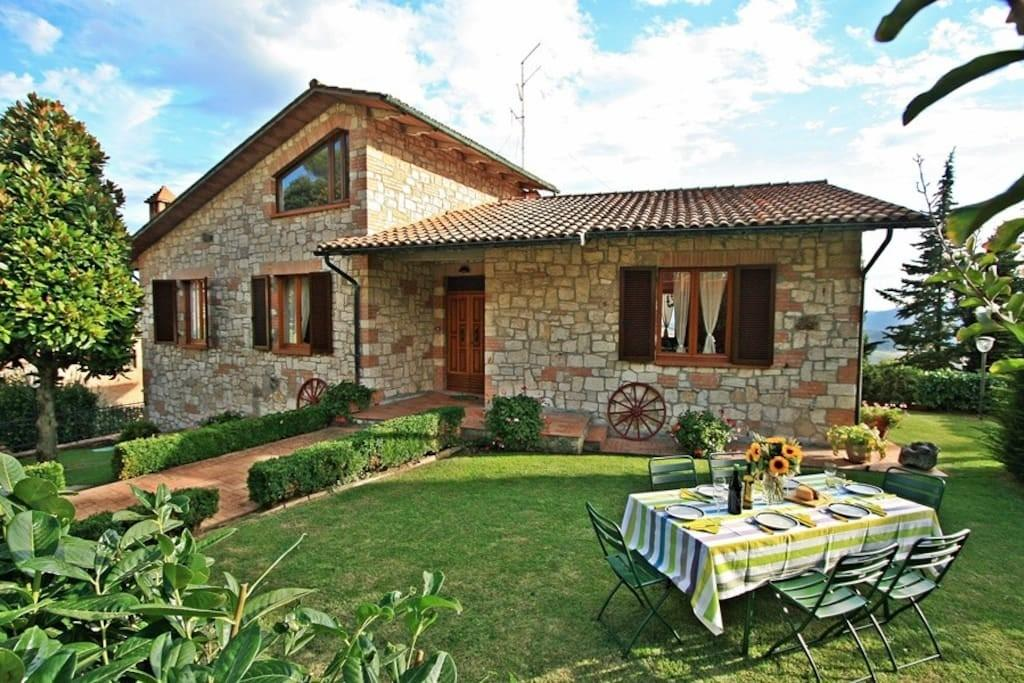 Charming Tuscany Villa Private Pool Garden Houses