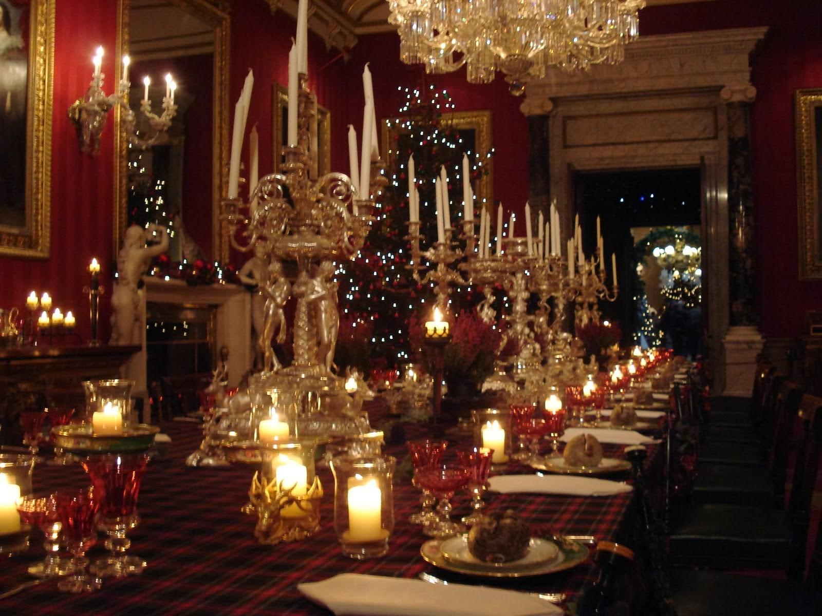 Chatsworth House Dining Table Holiday Decor