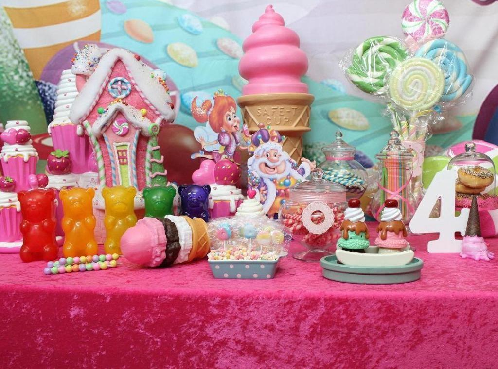 Cheerful Candyland Party Decorations Unique Hardscape Design