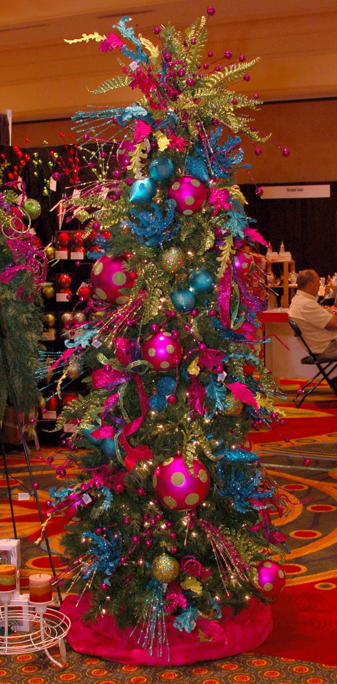 Cheerful Christmas Trees Decorating Ideas Green