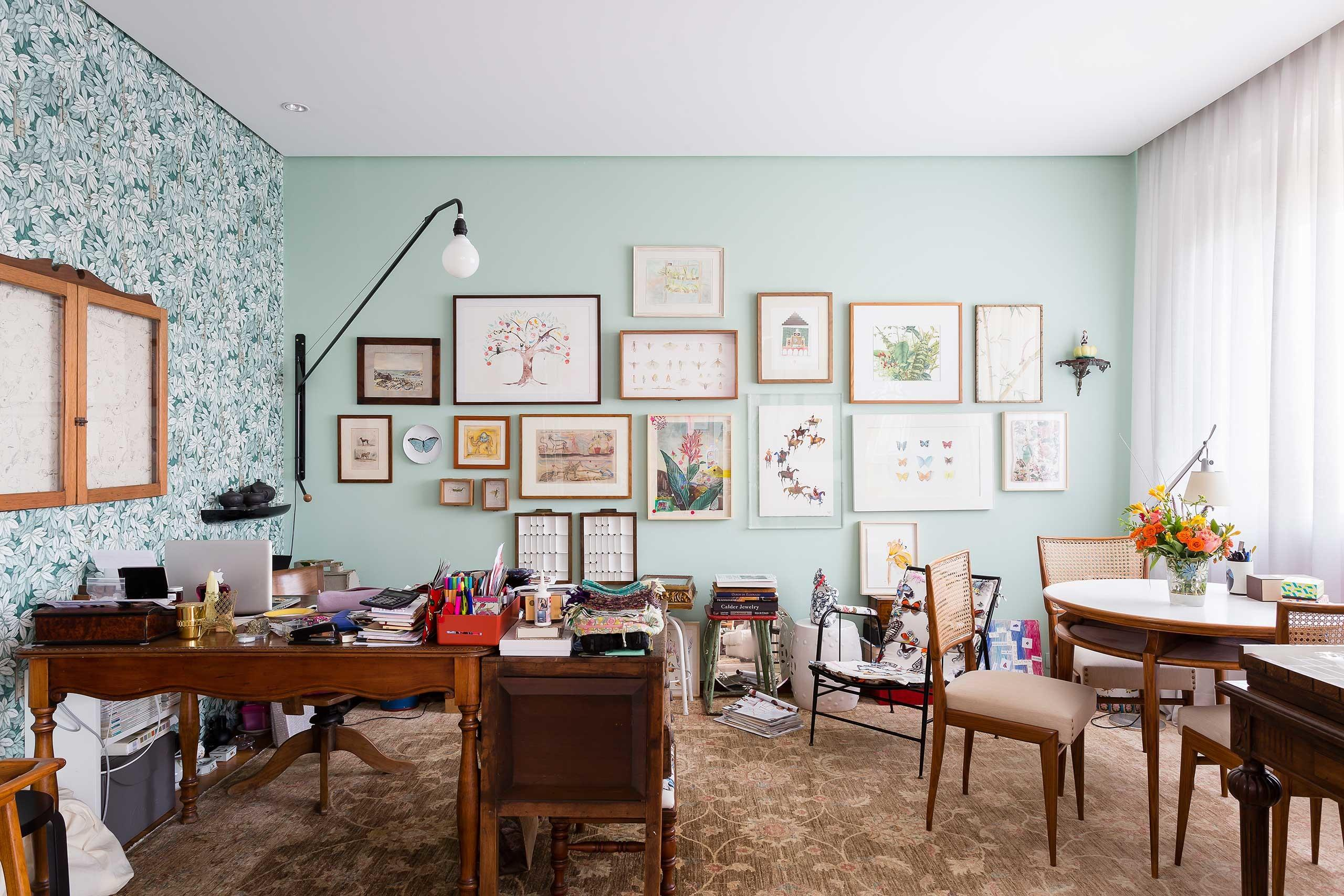 Cheerful Paulo Apartment Doesn Shy Away Colors