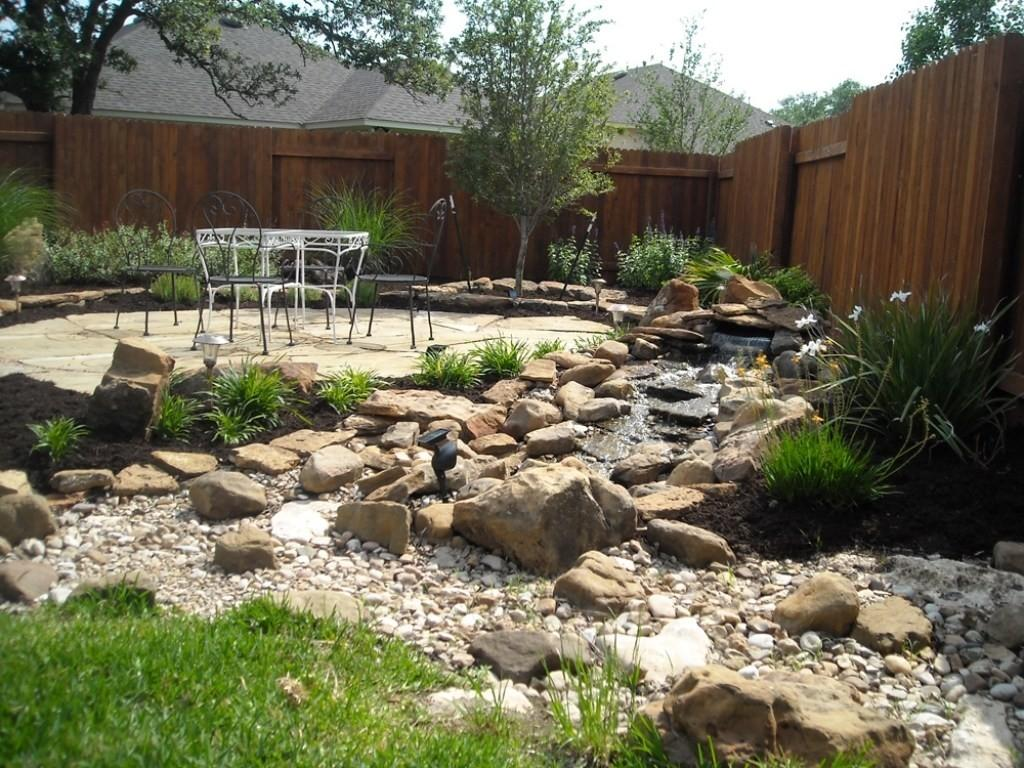 Chic Rock Garden Decor Ideas Plans Looking