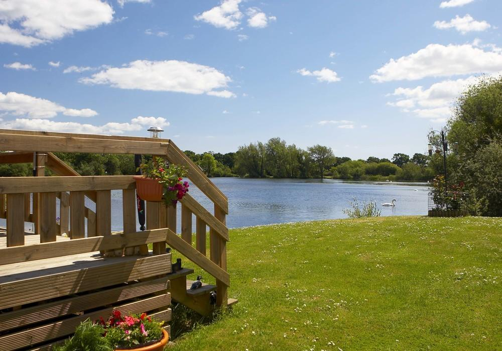 Chichester Lakeside Holiday Park West Sussex