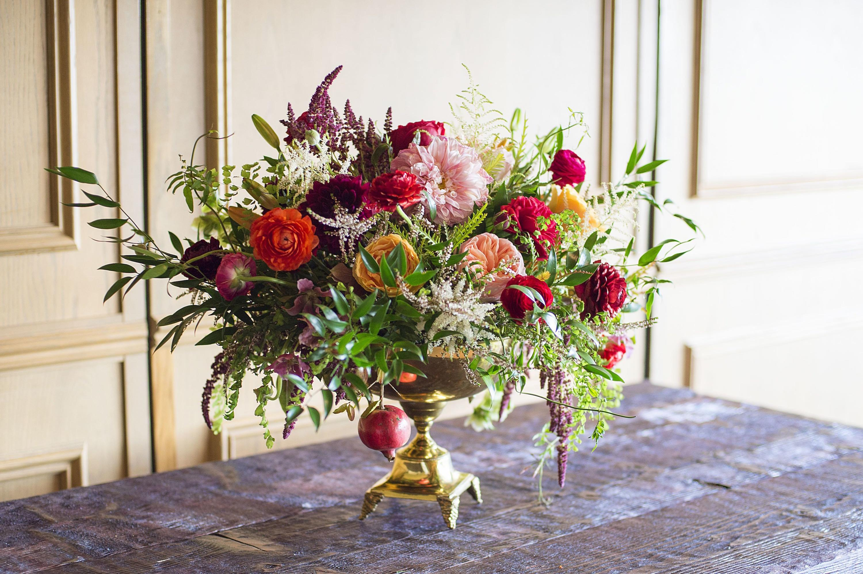 Christmas Flower Arrangements Winter Holiday