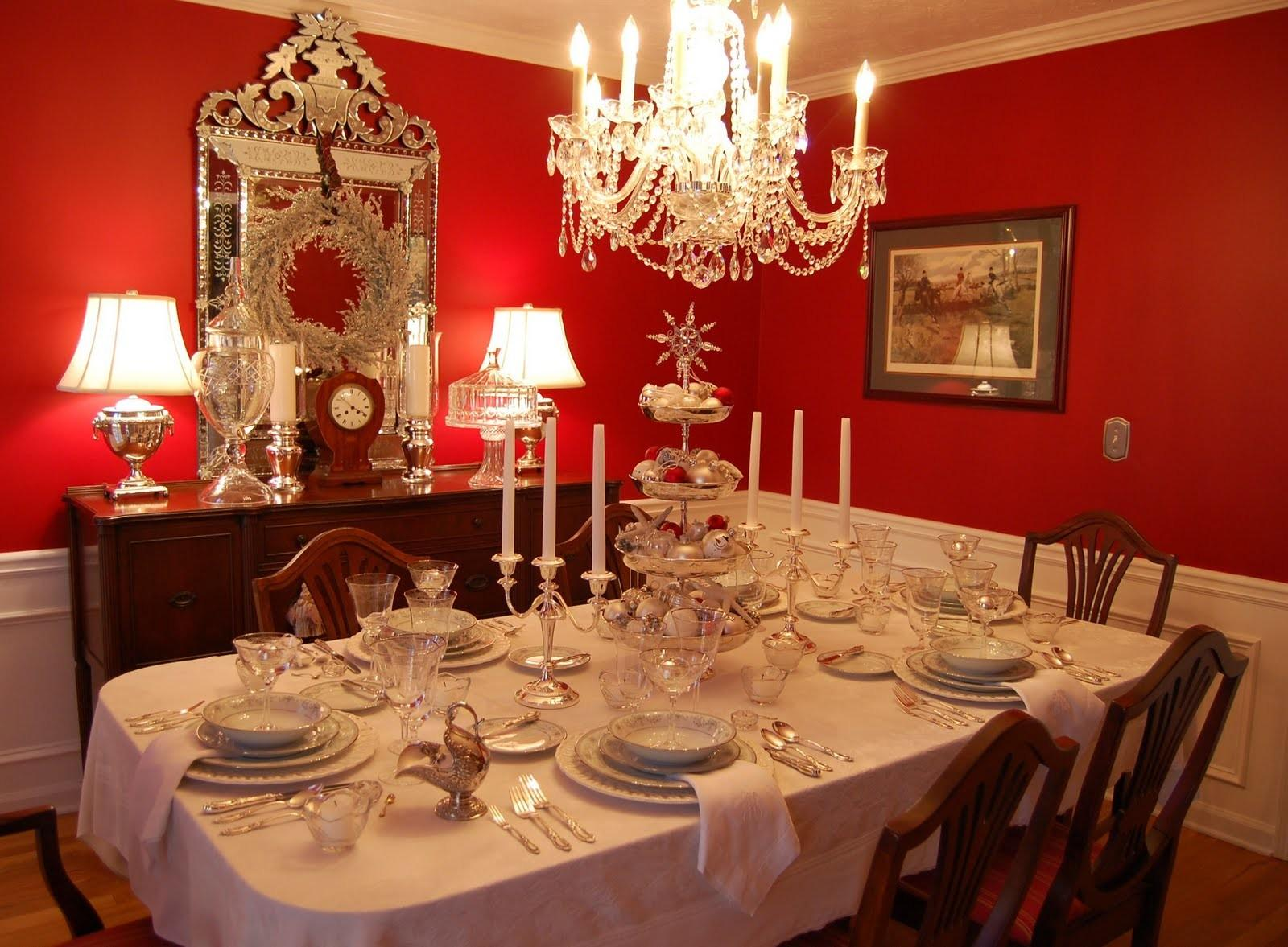 Christmas Tablescape Table Setting Silver Tiered