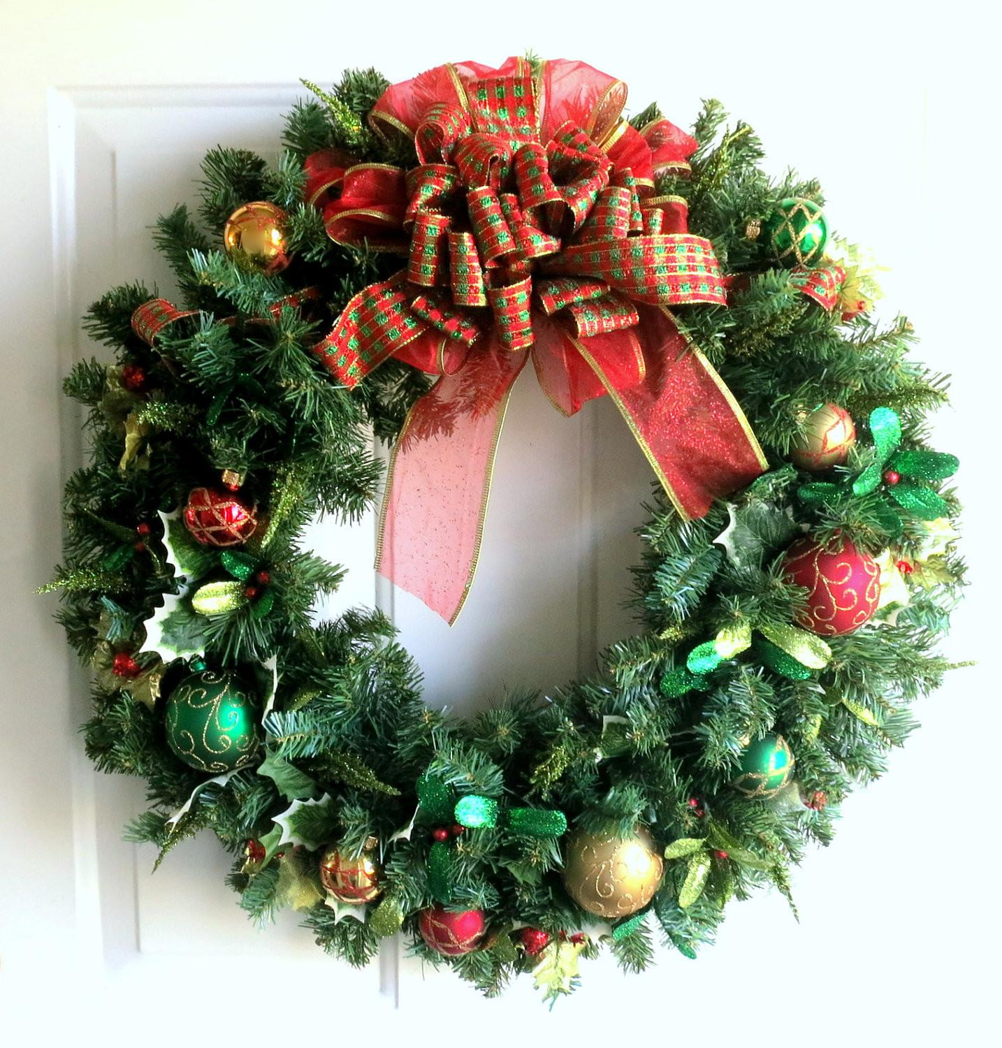 Christmas Wreath Gold Red Green