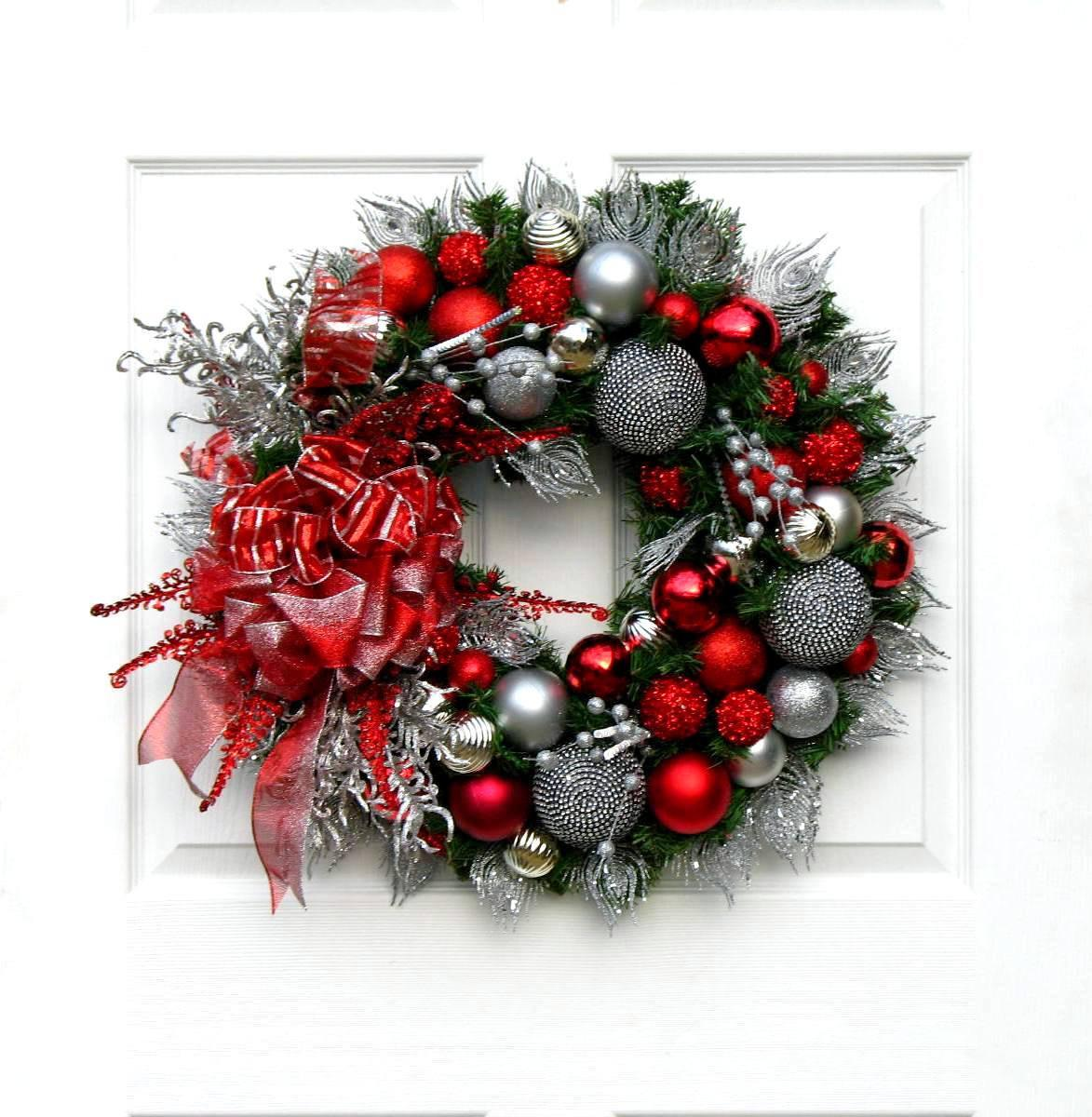 Christmas Wreath Red Silver Holiday