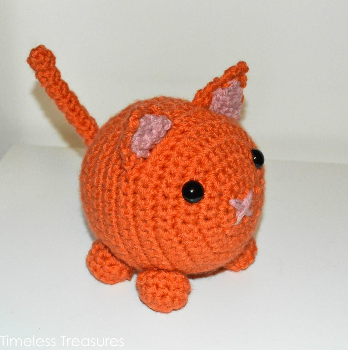 Chubby Amigurumi Kitty Pattern Knitting Crocheting