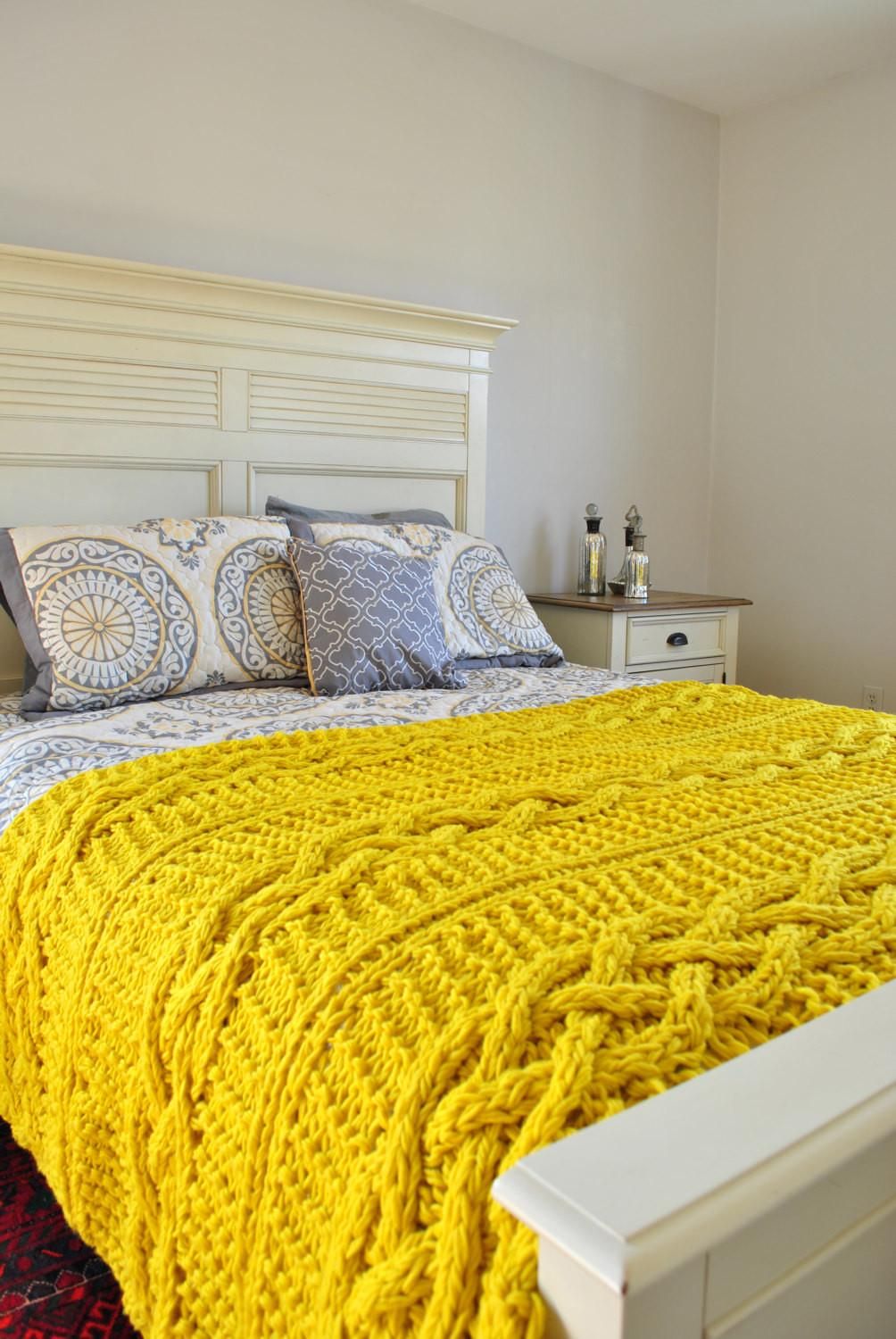 Chunky Cable Knit Throw Blanket Yellow Campkitschyknits