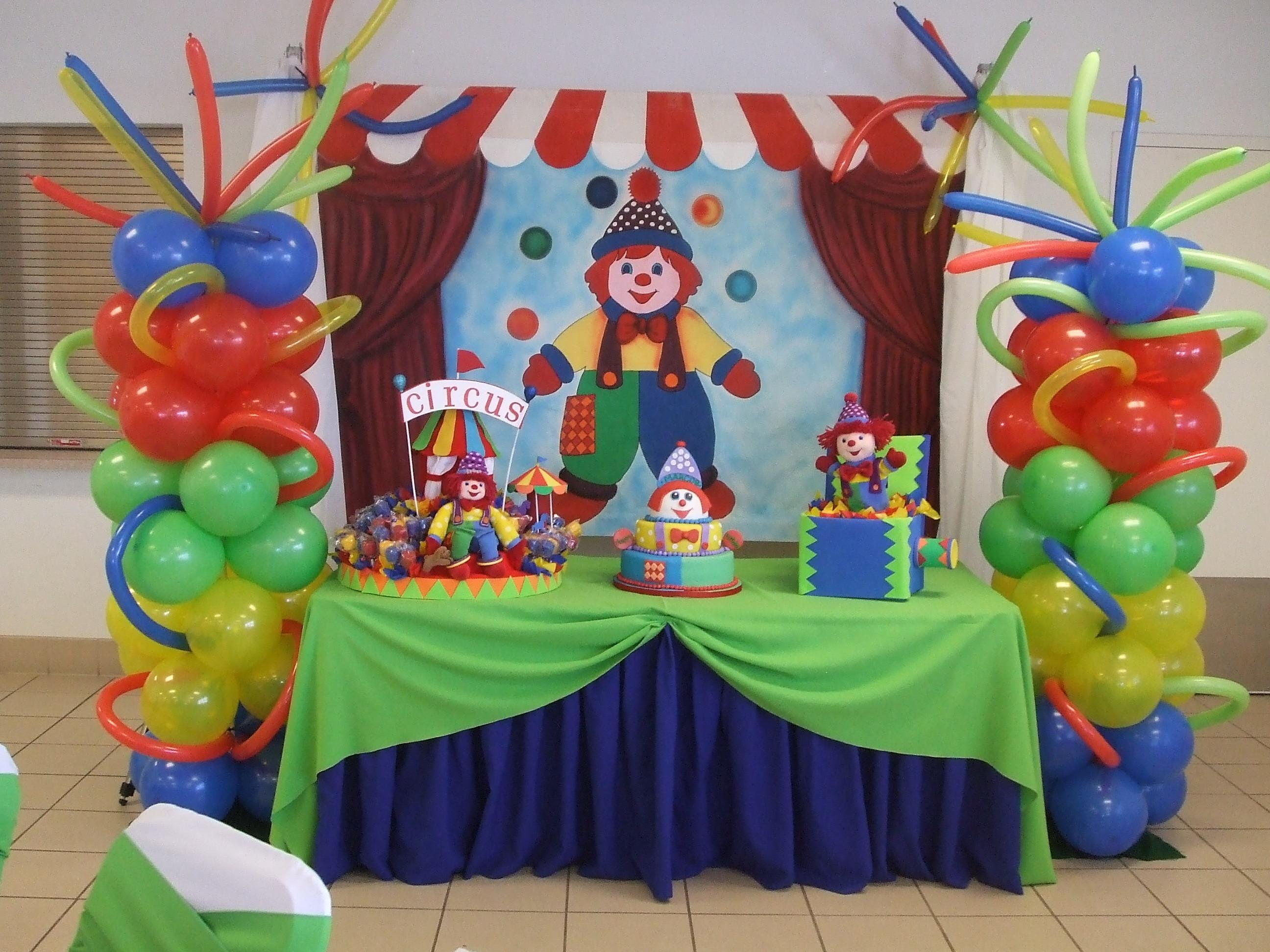 Circus Balloon Decoration Party Favors Ideas