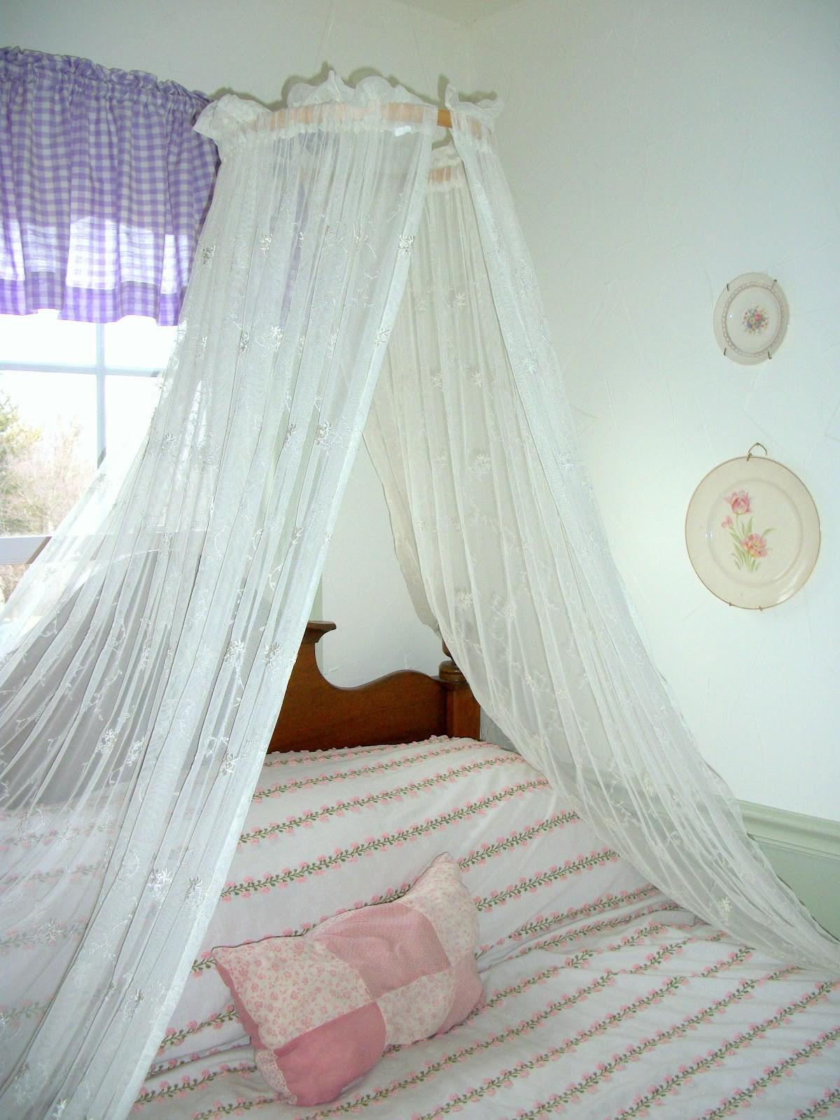 Clever Design Ideas Curtain Over Bed Canopy