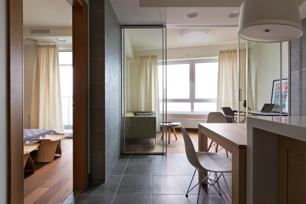 Clever Layout Exhibited Modern Apartment Kiev
