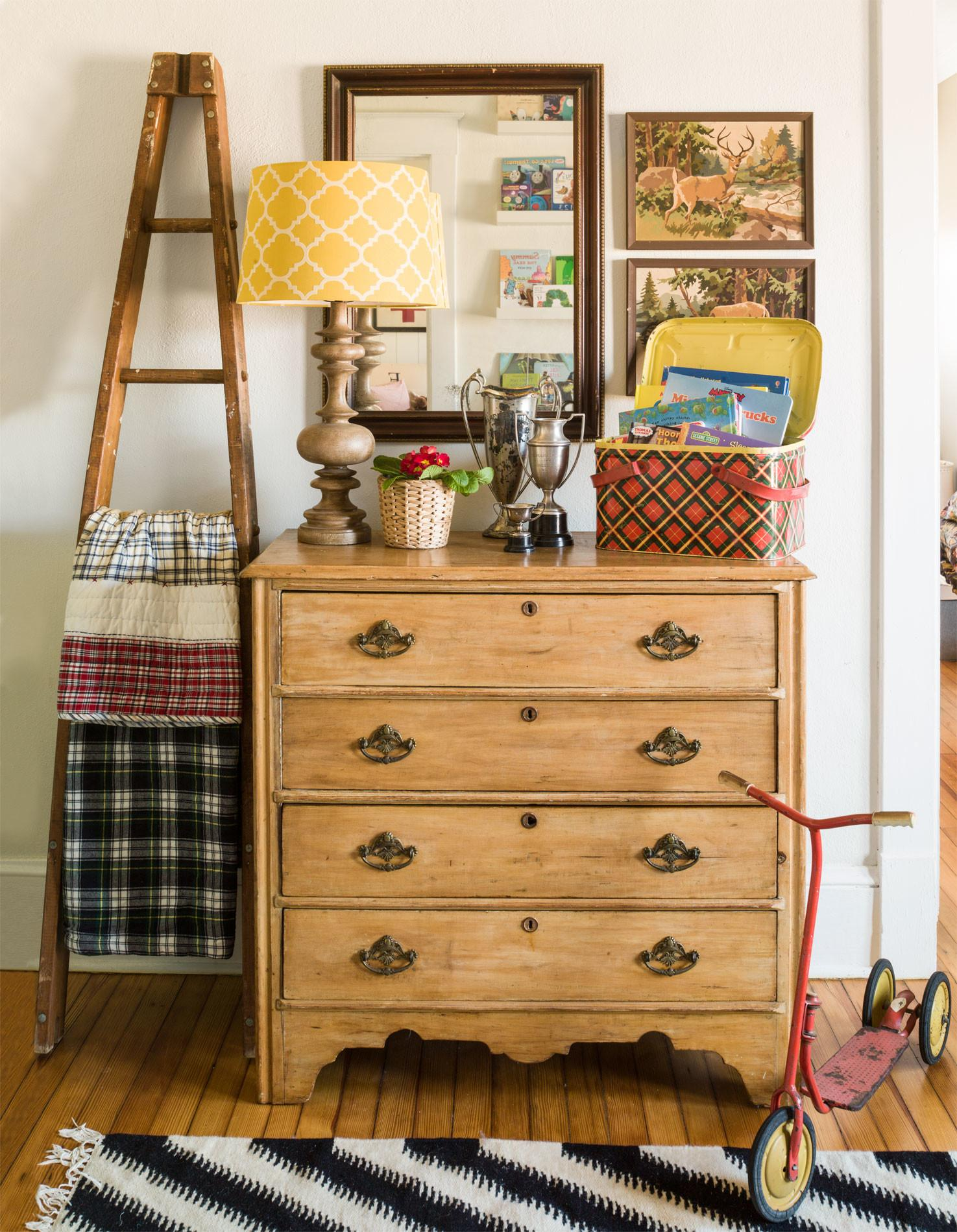 Clever Ways Upcycle Flea Market Finds Into Stylish