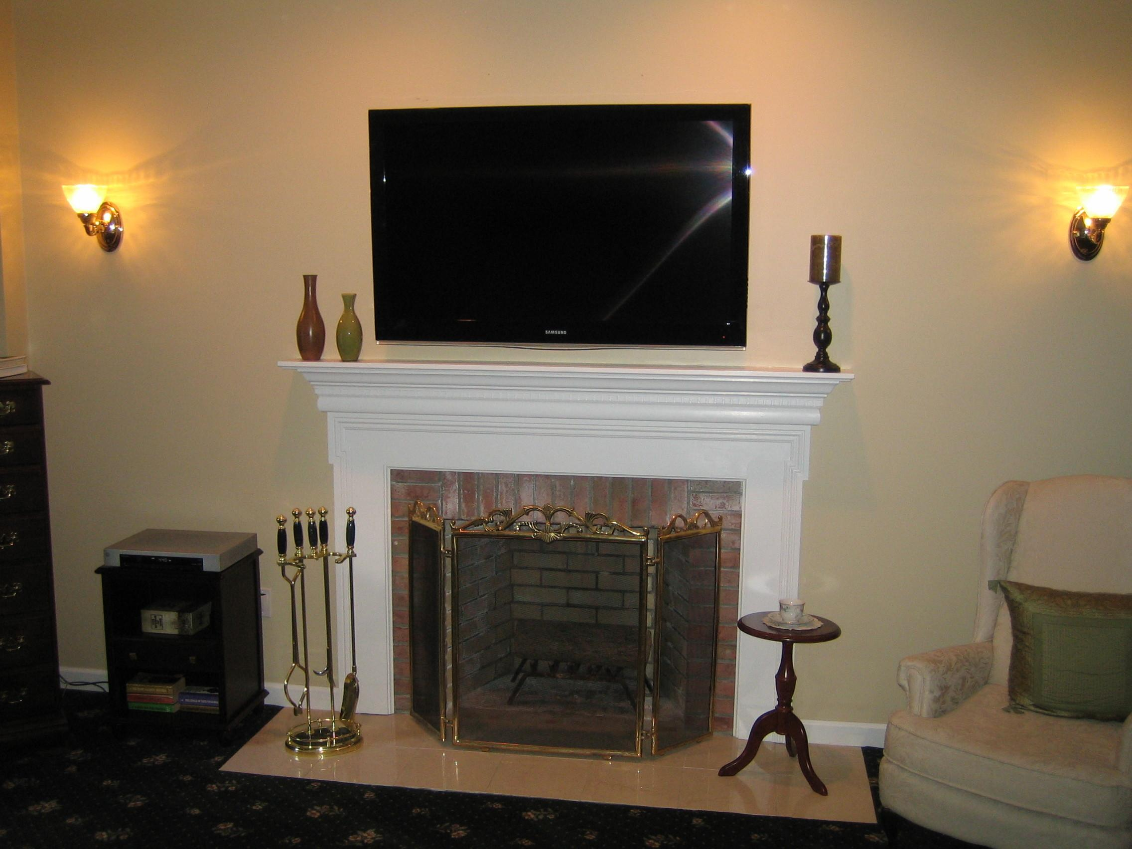 Clinton Mount Above Fireplace Home Theater